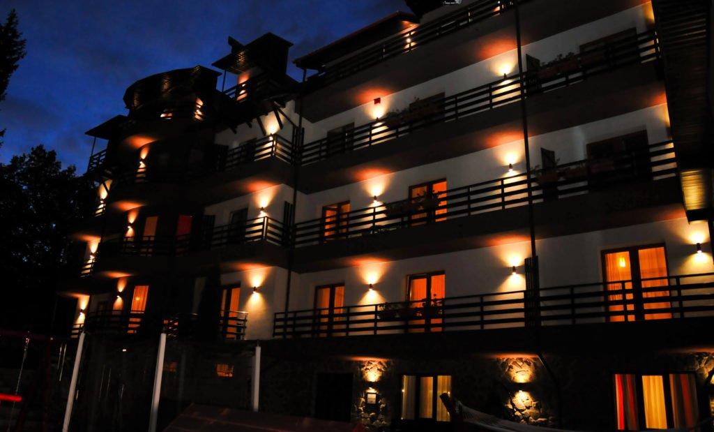 Proiect iluminat Annora Lighting - Hotel Royal Poiana Brasov - exterior