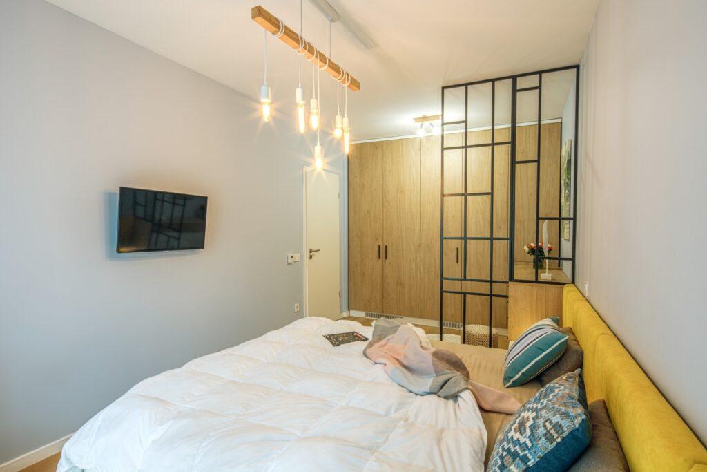 corpuri-de-iluminat-dormitor